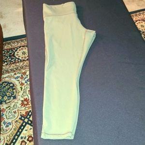 Olive green 3/4 length Lululemon leggings
